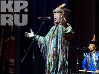 Tuvan shaman in Murmansk