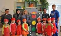 Кызылские единороссы провели первый этап республиканского конкурса «Бумажная Вселенная»