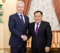 Глава Тувы подписал с мэром Москвы соглашение о сотрудничестве регионов