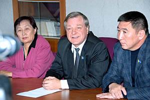 Пресс-конференция тувинского отделения партии Жизни. Фото Виталия Шайфулина