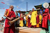 Праздничный ритуал в Алдыы-Хурээ. Чадан, Тува. Фото Игоря Янчеглова. Предоставлено центром тибетской культуры.