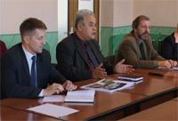 Встреча с А.Резаевым, Бастройпуть. Фото пресс-службы правительства