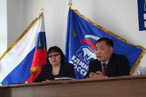 Зоя Доржу и Шолбан Кара-оол. Фото предоставлено газетой Урянхай-Неделя.