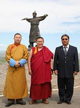 Глава калмыкских буддистов Тэло Тулку Ринпоче, Камбы-лама Тувы Джампел Лодой и представитель Его Святейшества Далай-ламы г-н Таши в Туве. Фото предоставлено центром тибетской культуры и информации