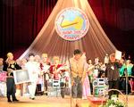 Khomus Festival. Photo courtesy of  'Throat-Singing: In Pursuit of Overtones' (http://throat-singing.blogspot.com/)
