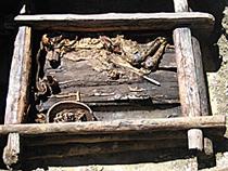 Захоронение скифского воина. Обнаружено в июле 2006 года в монгольской части алтайских гор немецко-российско-монгольской экспедицией под руководством Германна Парцингера. Фото DAI/DDP