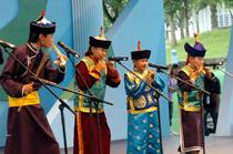 Tuvan ensemble performing in Taipei