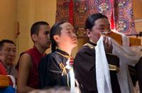 Тувинские паломники с подношениями для Далай-ламы. Фото с сайта savetibet.ru