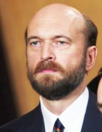 Тува досрочно прекратила полномочия сенатора Сергея Пугачева, представлявшего в Совете Федерации республиканское правительство