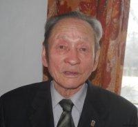 Легендарный археолог Тувы принимает поздравления с днем рождения