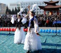 В Туве в День народного единства пекли и пробовали хлеба