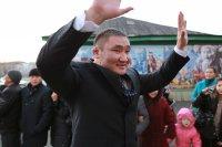 В Туве 18 тандемов из звезд эстрады и спорта соревновались в вокальном шоу «Две звезды»
