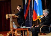 Глава Тувы нацелил районные власти на постоянную «сверку часов» с нуждами и настроениями людей