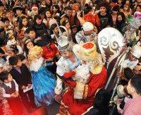 В Туве на главную новогоднюю елку республики приехали 650 детей из всех районов