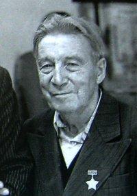 Исполнилось 100 лет со дня рождения автора обелиска «Центр Азии» Василия Демина