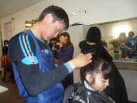 Выпускники профтехучилищ Тувы соревновались в парикмахерском мастерстве