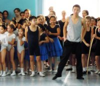 Аяс Допай: танцы без передышки