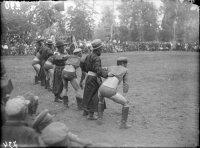 В Туве в прошлом веке победителя в хуреше осыпали призами
