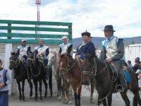 В Туве в честь юбилея Народного хоомейжи Германа Куулара наградили юных горловиков