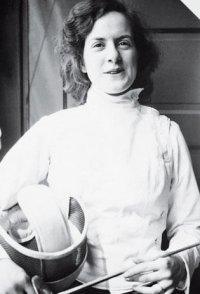 В Туву приехала сестра Ричарда Фейнмана, известный астрофизик Джоан Фейнман