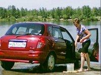 Полицейские Тувы взялись за любителей помыть автомобили в Енисее