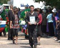 В помощь семьям погибших десантников в Туве собрано около 2 млн. рублей благотворительных средств