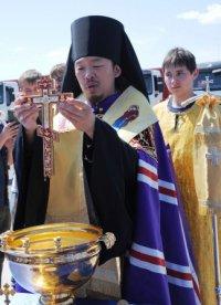Строительство железной дороги в Туве освятили буддийский и православный священники