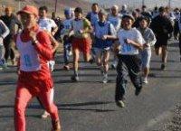 Байтайгинский бегун Аяжи Саая быстрее всех преодолел 42 км на спортивных стартах Наадыма