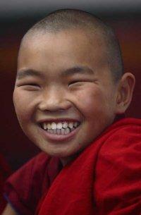 Тува на первом месте в стране по доле буддистов (62%) и протестантов (1,8%) среди населения