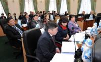 Глава Тувы выступил перед депутатами Верховного Хурала республики
