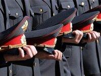 Выбравшим карьеру полицейского выпускникам школ помогут с учебой в вузе