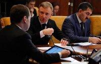 Дмитрий Медведев ждет от регионов повышения зарплат педагогам