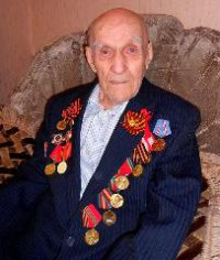 Один из первых водителей Тувы отмечает 100-летний юбилей