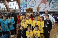 Футболистки кызылской школы заняли 7-е место во всероссийских соревнованиях