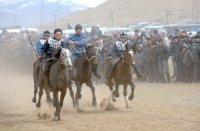 Тува готовится к открытию XX спортивного сезона республиканских соревнований по конным скачкам
