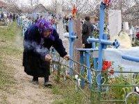 В столице Тувы на Радоницу на городское кладбище организованы автобусные маршруты