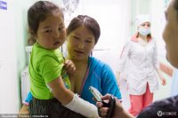 Томская клиника НИИ микрохирургии помогает детям из Тувы