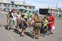 В Туве вожатые пришли во дворы к детям