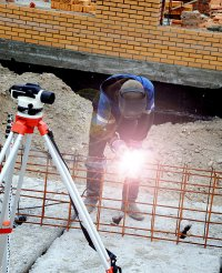 Строителям в возведении четырех «пятиэтажек» в Кызыле помогают студотрядовцы