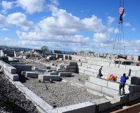 Строители Тувы принимают поздравления с профессиональным праздником