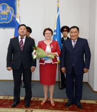 Лучшим труженикам Кызыла вручены государственные награды