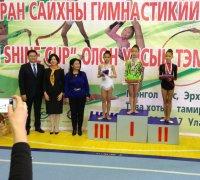 У тувинских гимнасток на Кубке Gym Shine в Монголии серебро и две бронзы