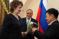 В Туве вручены государственные награды лучшим педагогам