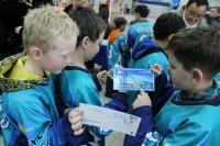 Почта Тувы провела в день эстафеты Олимпийского огня спецгашение конвертов с олимпийской символикой