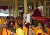 Далай-лама предостерег буддистов от наставников-шарлатанов