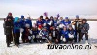 Соревнования по керлингу прошли в приграничном Овюрском кожууне Тувы