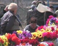Кызыл. Определены места для торговли цветами к Родительскому дню