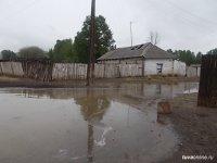 В селе Кара-Чыраа Сут-Хольского кожууна из-за разлива реки Ак подтоплено 24 приусадебных участка