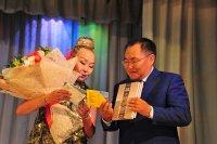 Глава Тувы пригласил известную тувинско-австрийскую певицу Саинхо вернуться на родину