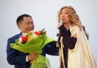 В Туве концерт с участием Аниты Цой прошел с полным аншлагом